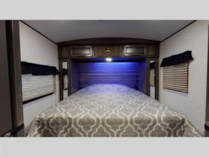 sunset trail travel trailer bedroom